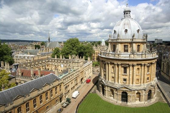 Universidad-Oxford
